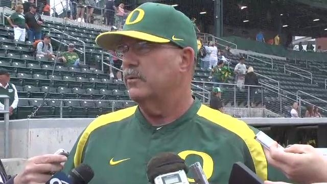Diamond Ducks: #5 Oregon Sweeps Seattle U, Civil War Looms thumbnail