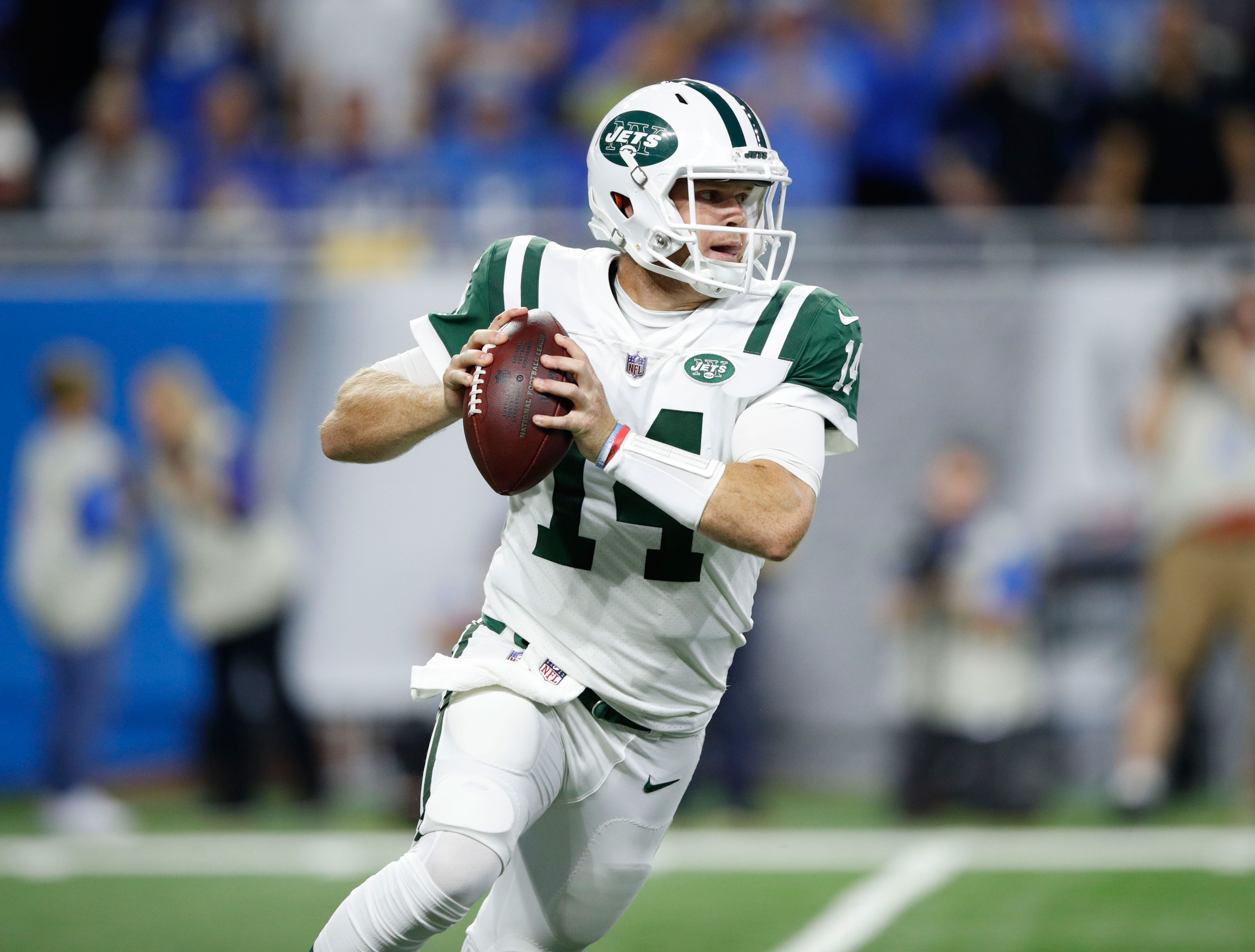 Dose: Darnold shines in debut