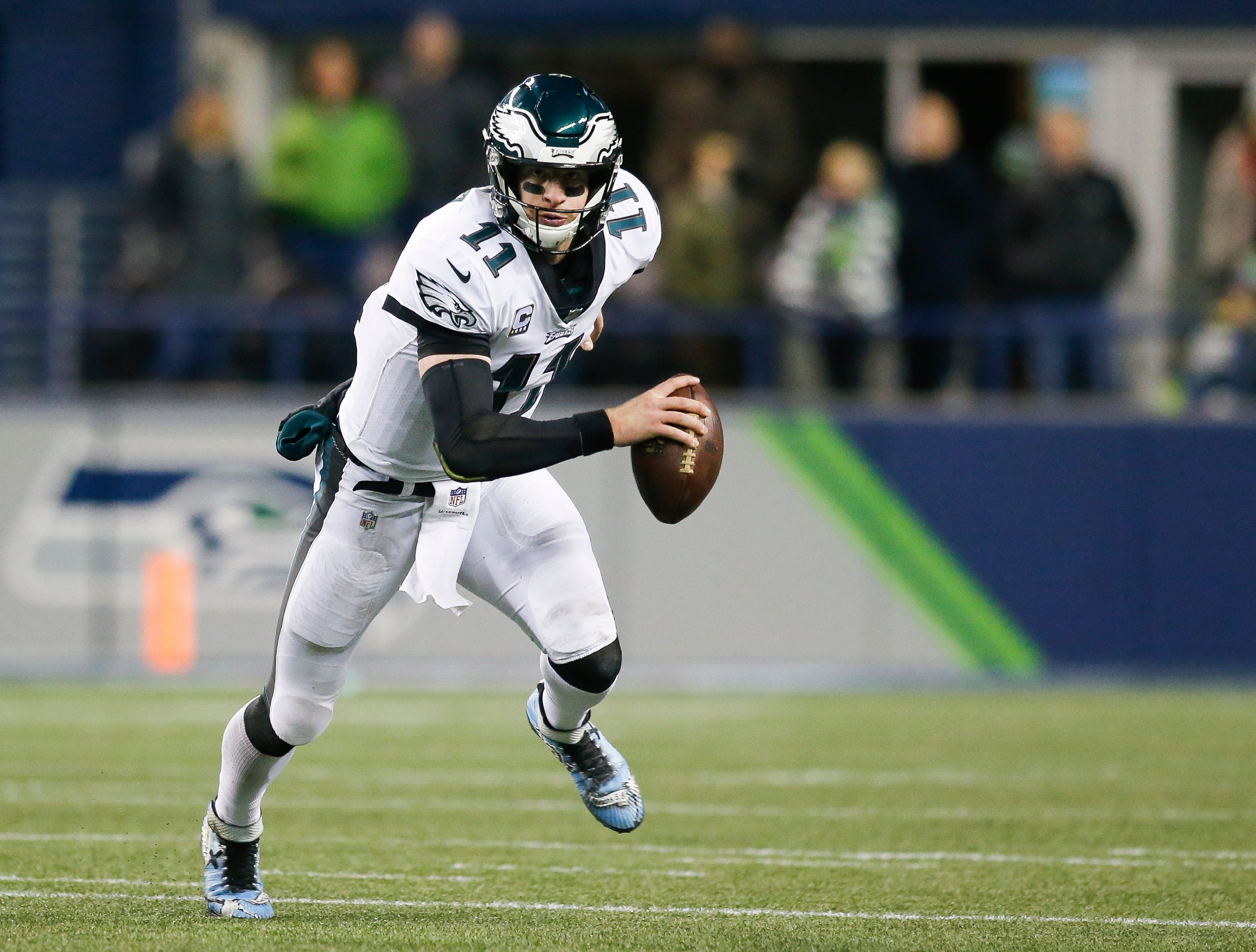 Dose: Wentz returns for PHI