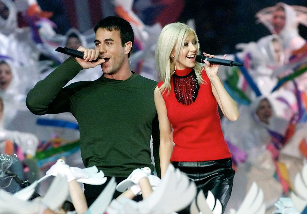 Enrique Iglesias and Christina Aguilera