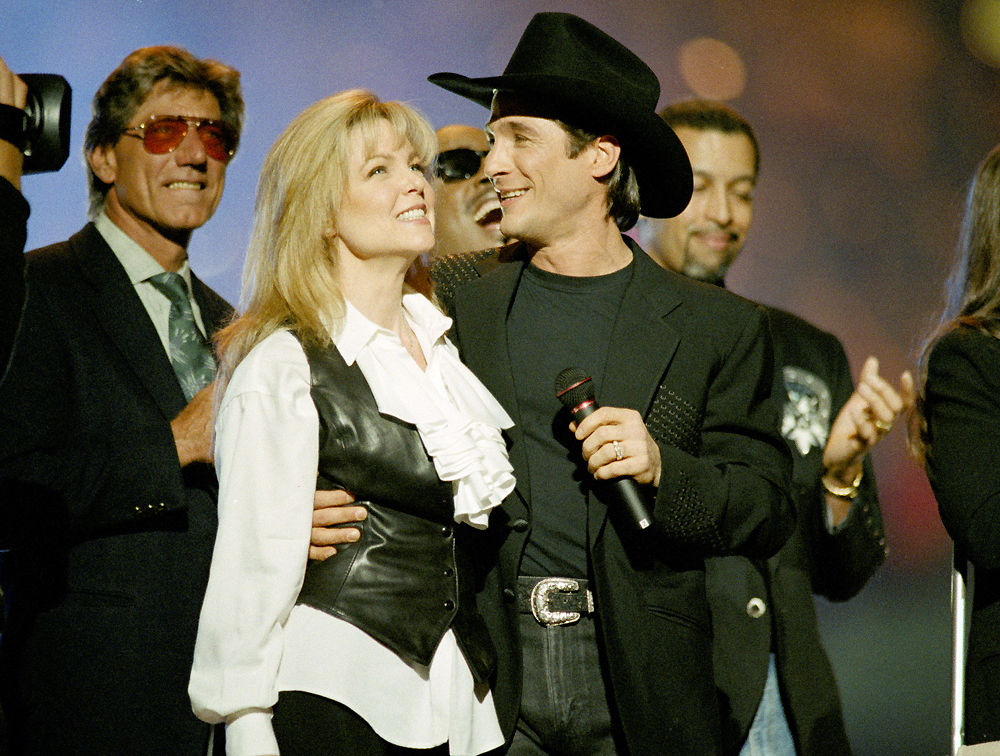 Lisa Hartman and Clint Black