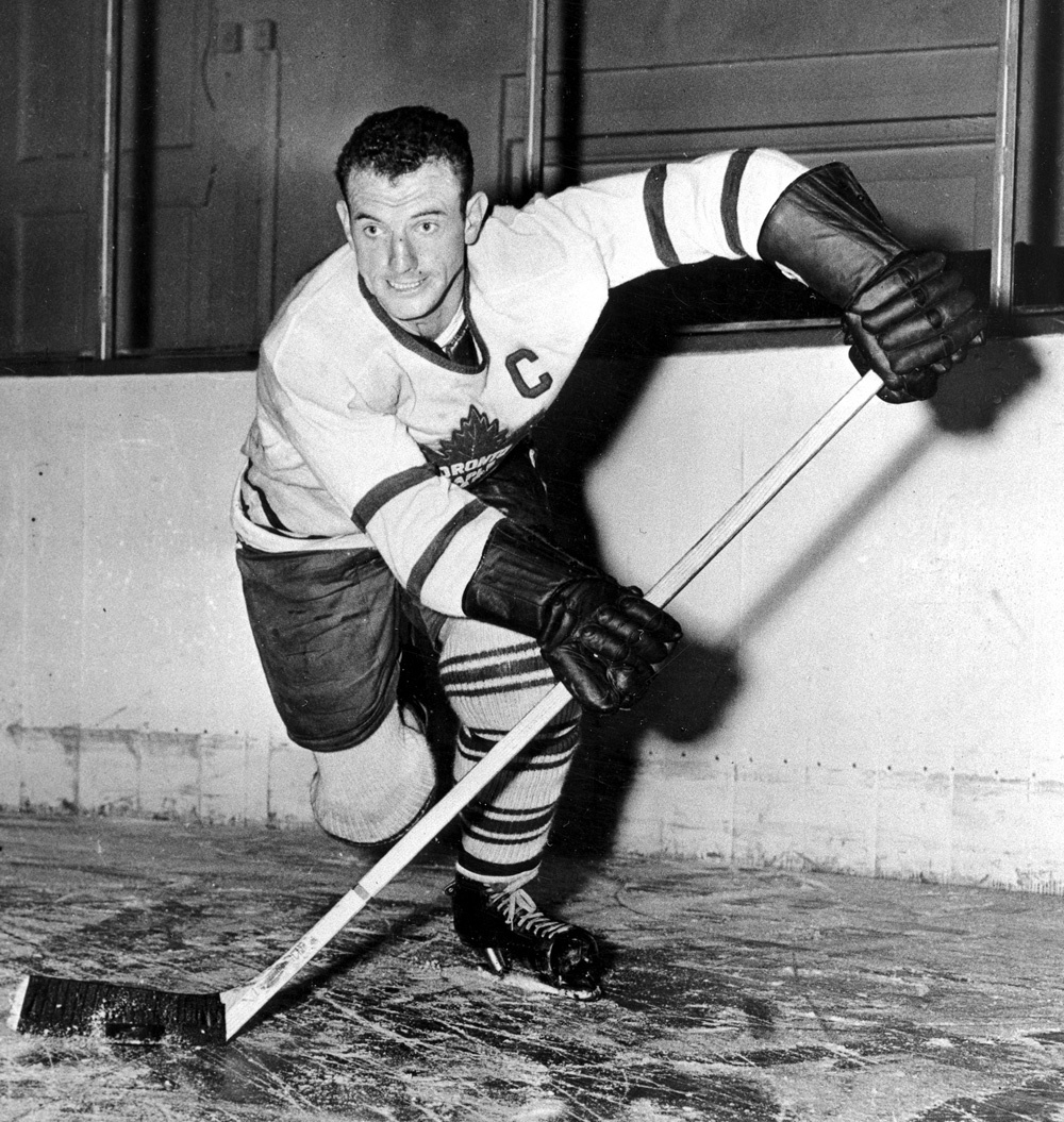 1945: Leafs 2, Red Wings 1