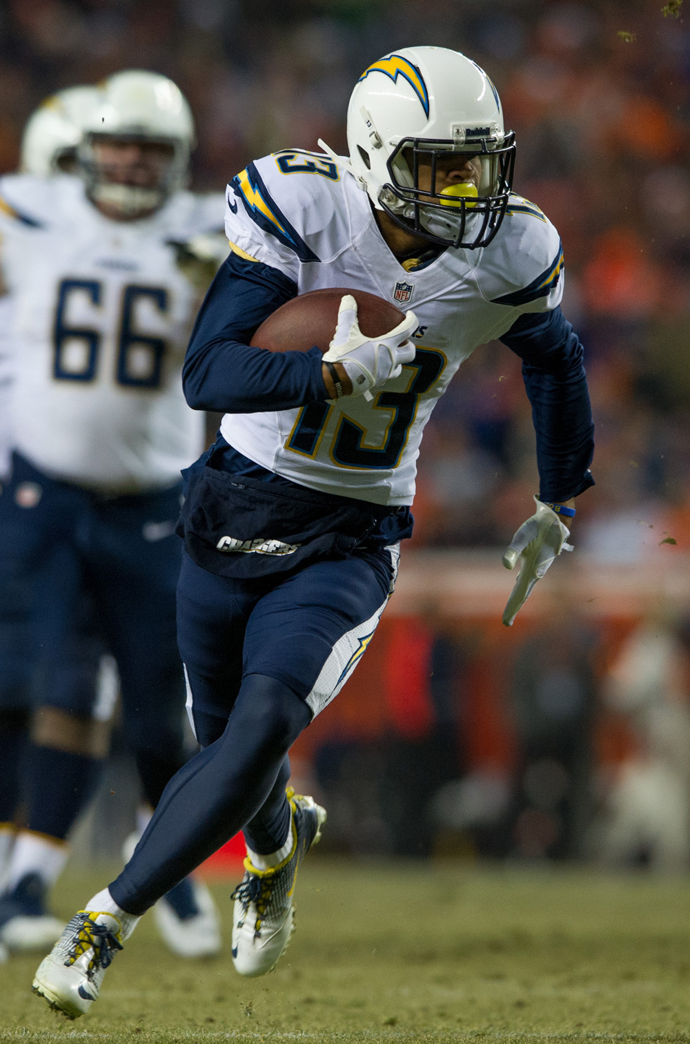 Chargers 27, Broncos 20