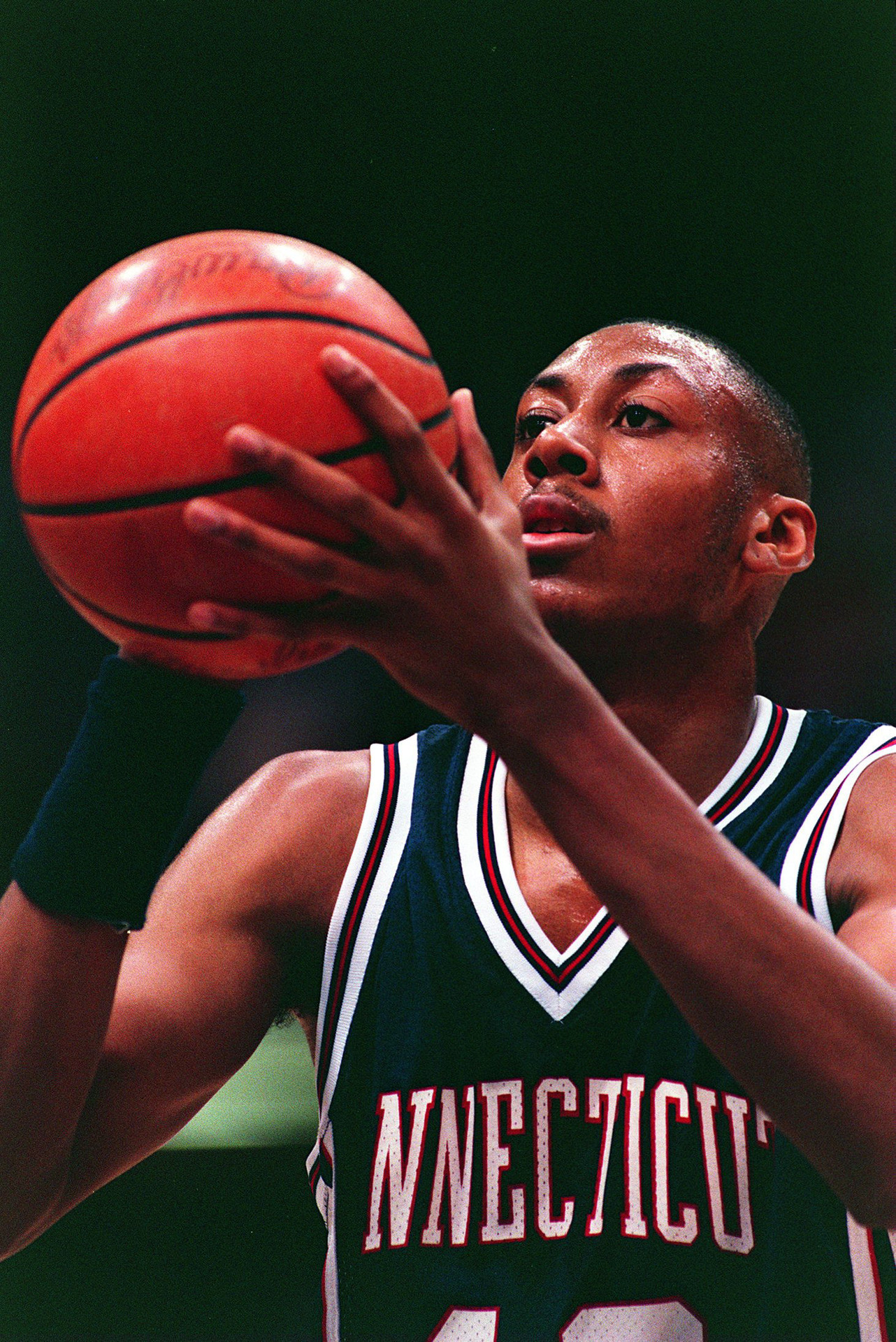 Donyell Marshall, Connecticut Huskies, 1991-94