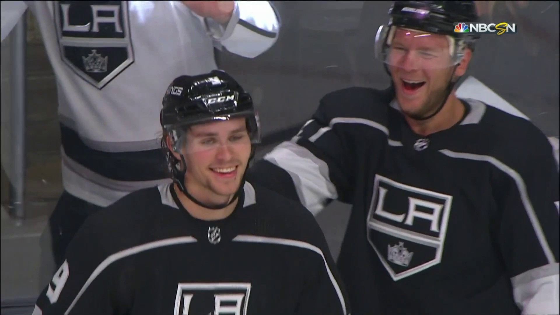 finest selection 5e91d 93917 L.A. Kings' Adrian Kempe registers first career hat trick ...
