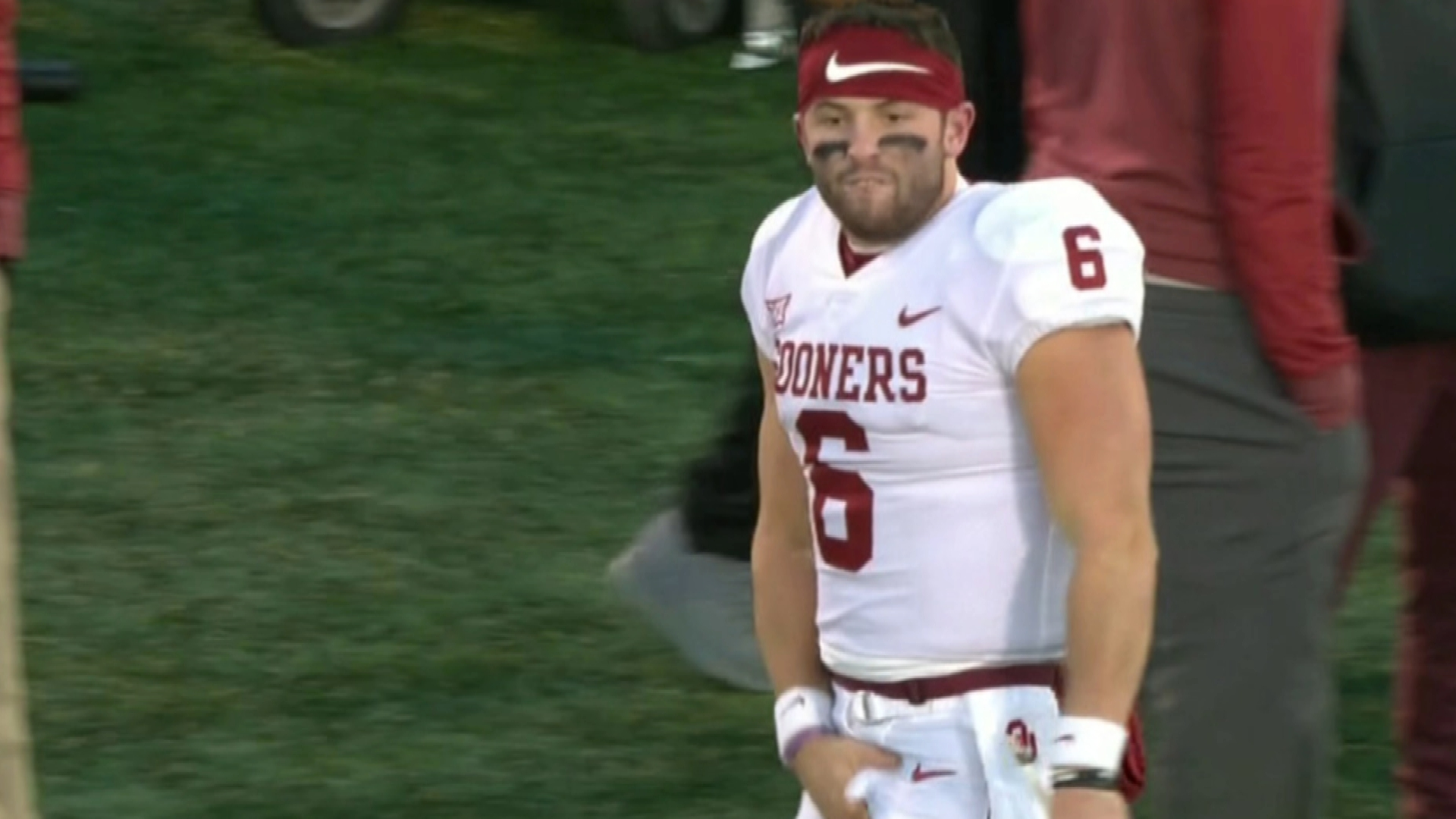 Oklahoma s punishment for Baker Mayfield seems superficial  996ab7094