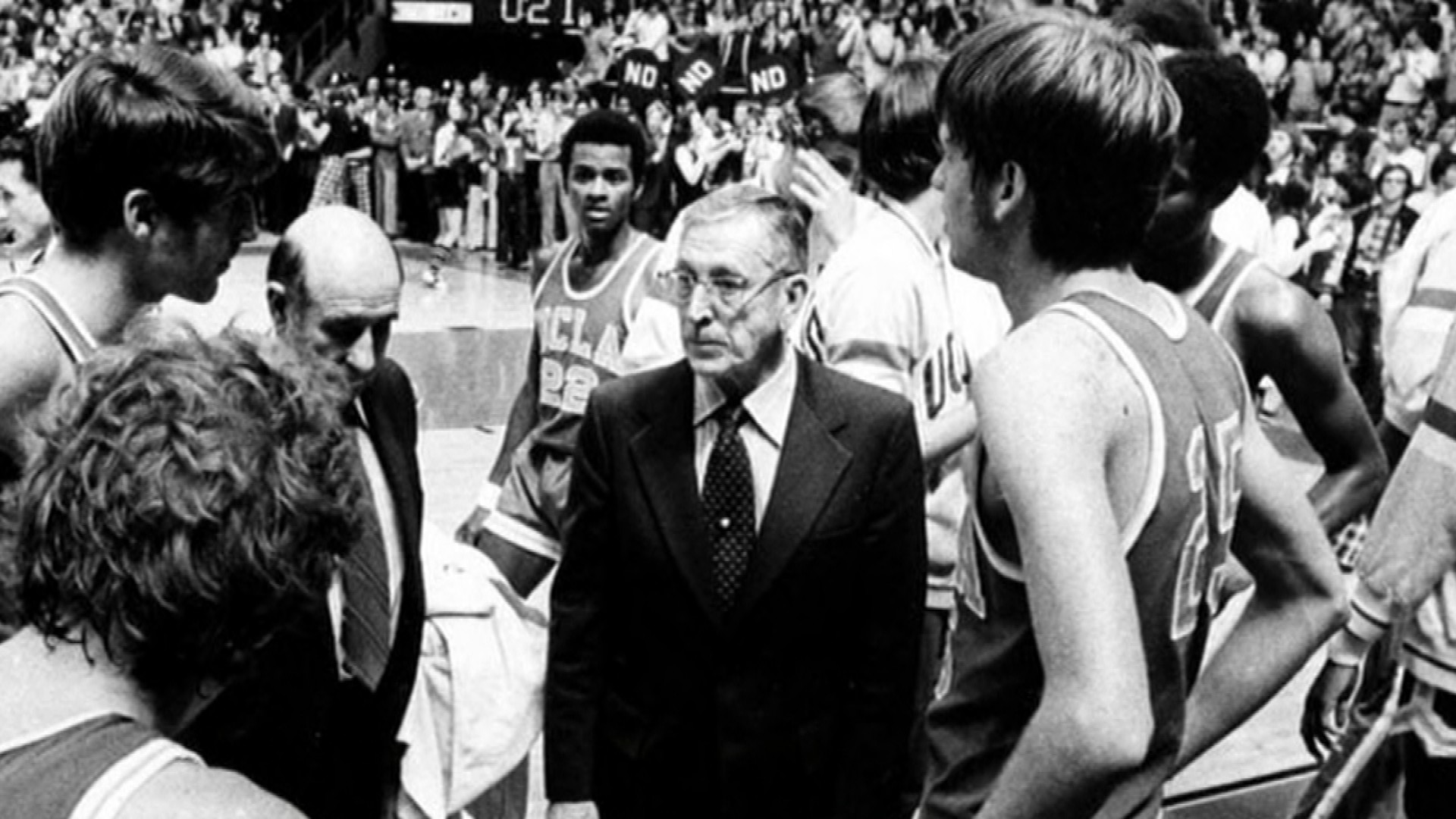 John Wooden Ncaa Looked The Other Way When Uclas Players Were Paid