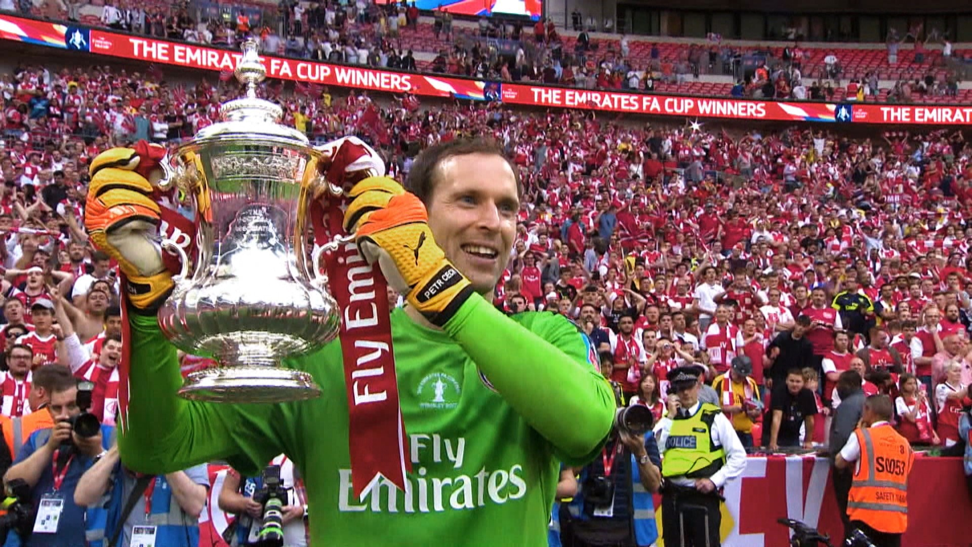 0be2aa4b9 Arsenal s Petr Cech understands why fans are frustrated