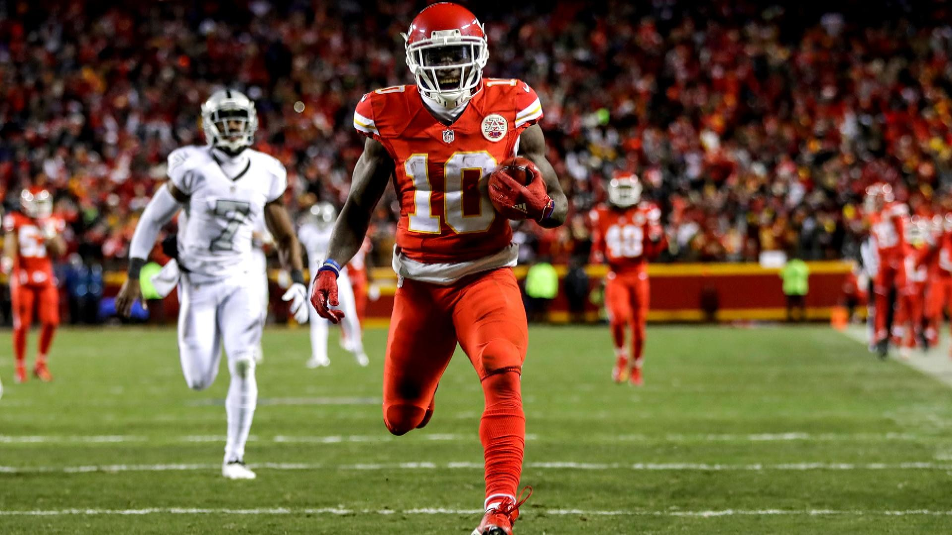 Kansas City Chiefs Tyreek Hill Dishes On His Speed Revamped Offense Nbc Sports