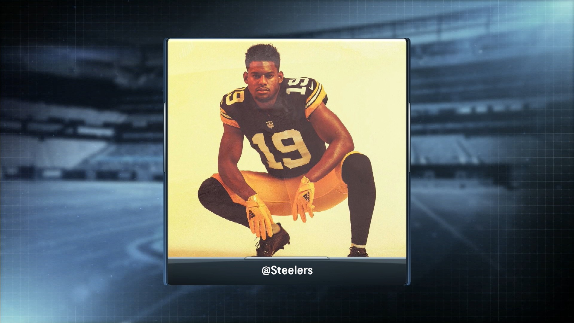 Pittsburgh Steelers show off new throwback jersey  a6d057199