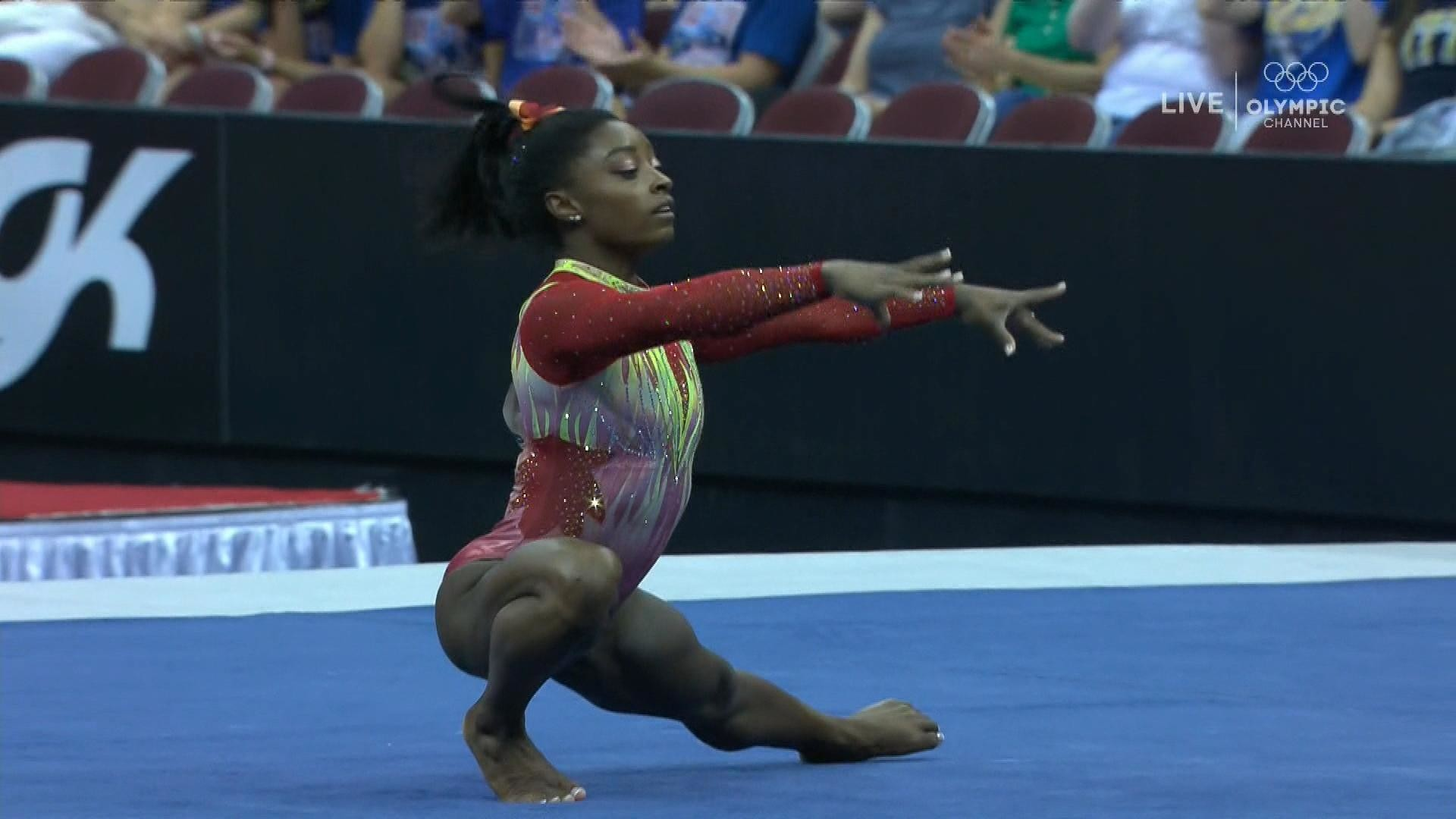 Simone Biles delivers big performance