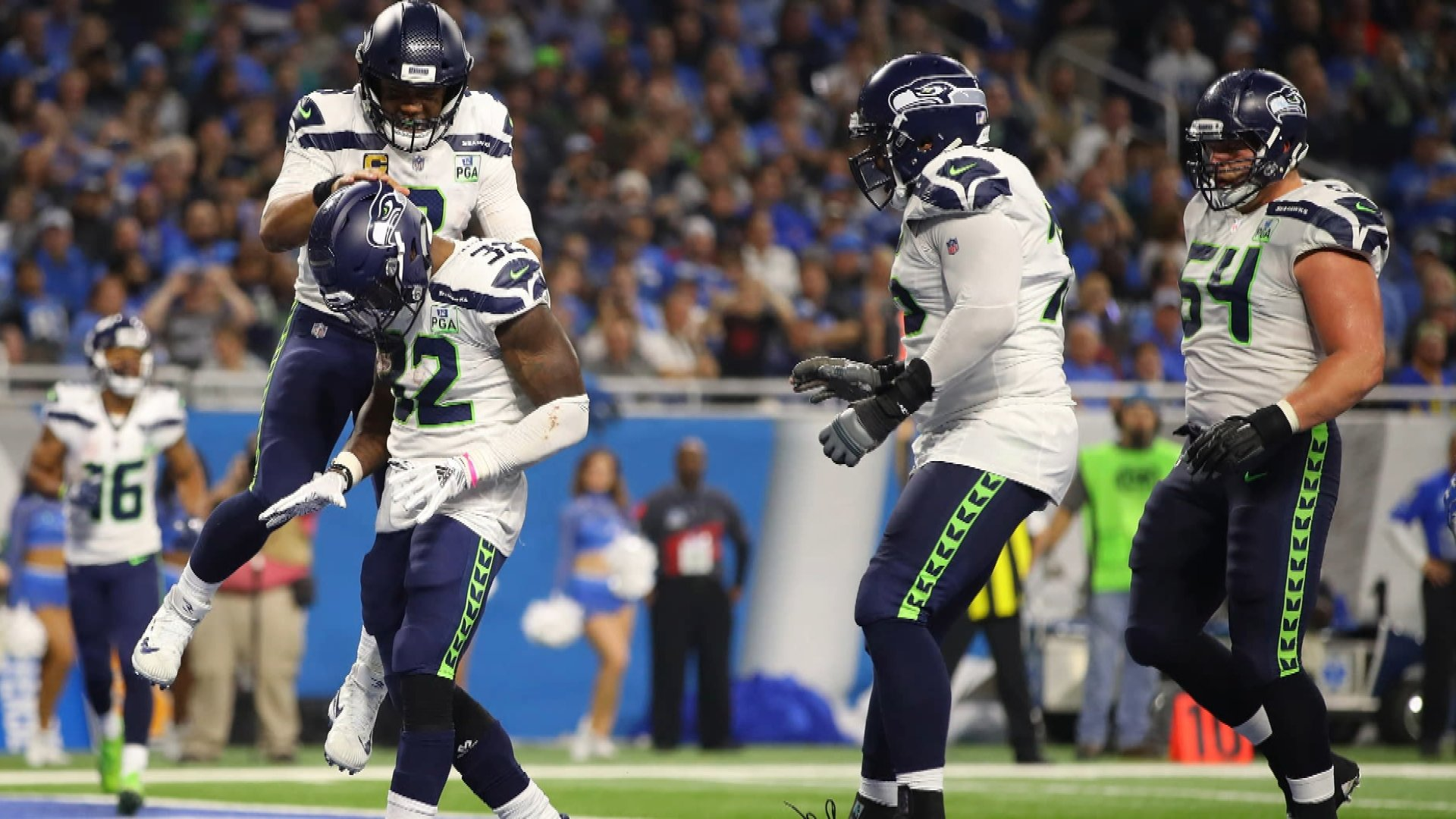 e8bbe91cf NFL Week 8 superlatives  Russell Wilson s efficient day leads Seahawks