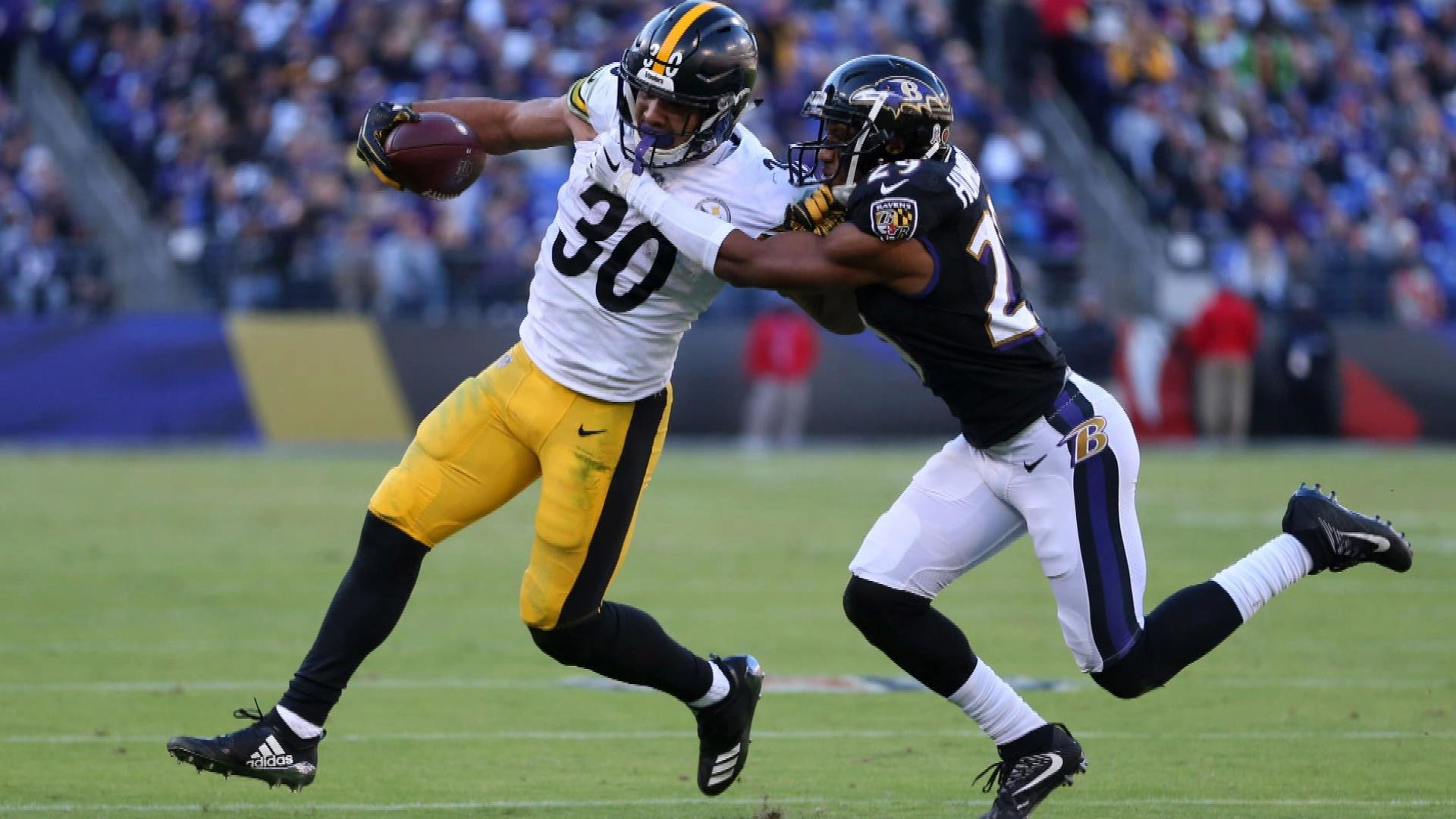 cc3834d2c Pittsburgh Steelers improving but Le Veon Bell s return could change that