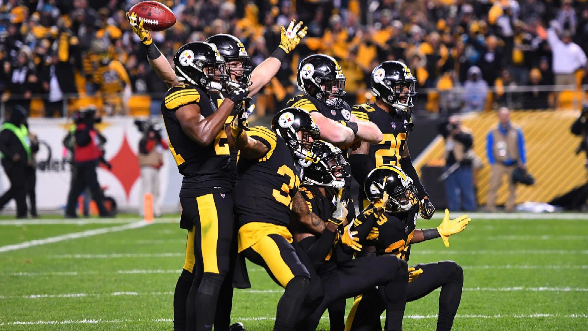 aa79ad7bc Pittsburgh Steelers roll over Carolina Panthers on Thursday Night Football