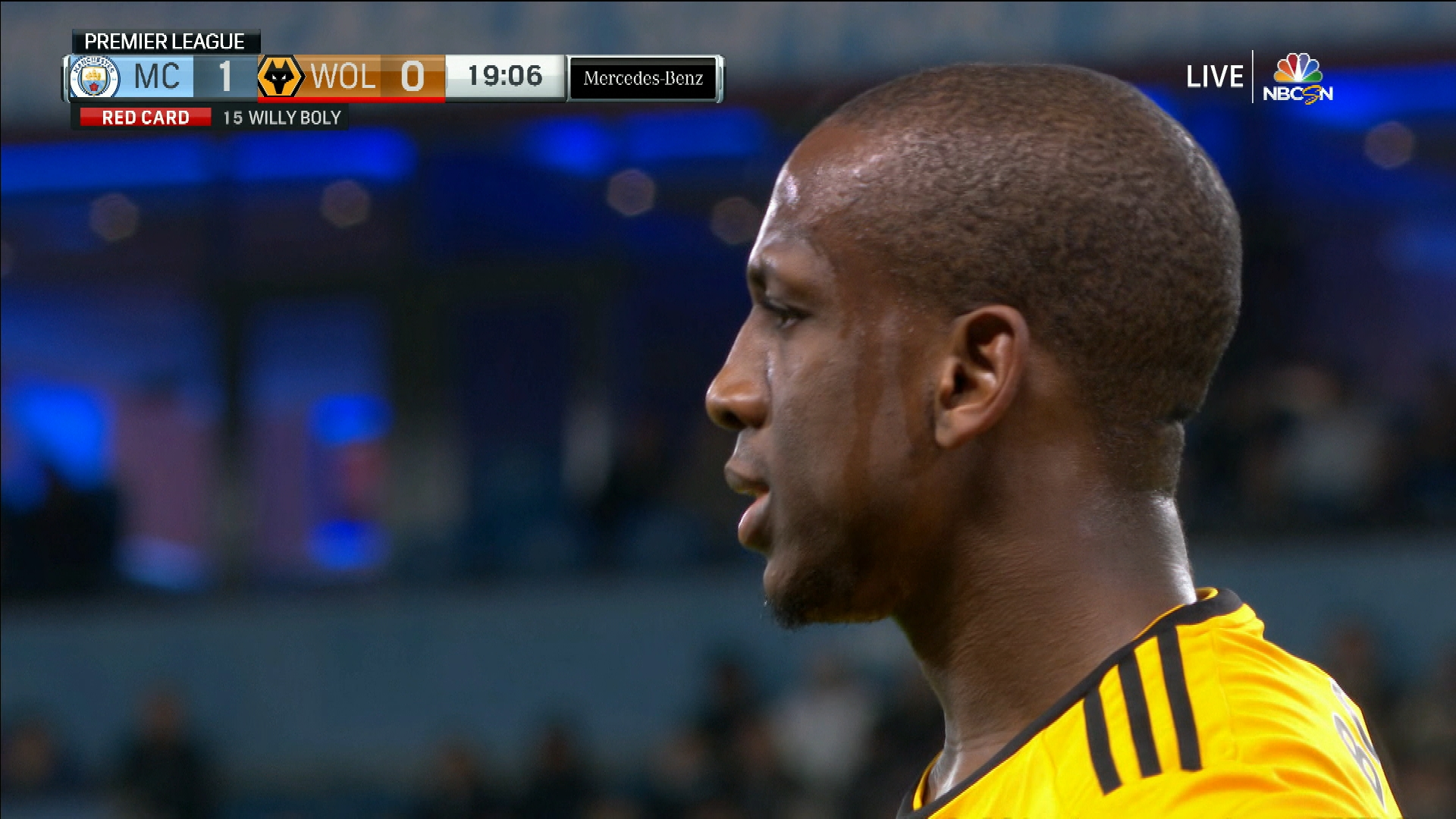 Wolves  Willy Boly gets red card v. Man City  6de7a2868