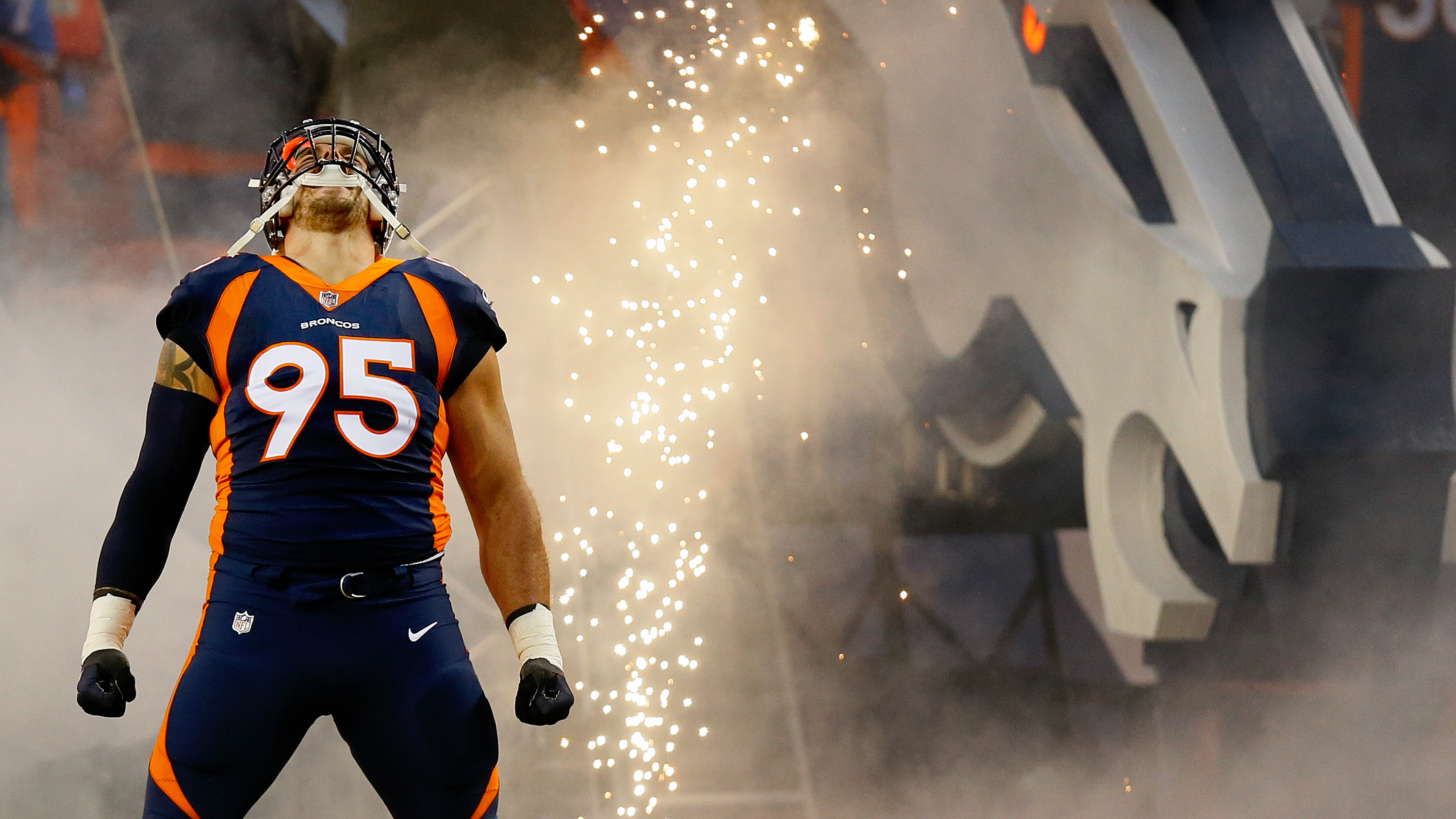 abb23bdaf Derek Wolfe and Denver Broncos defense buying in to Vic Fangio's system |  NBC Sports