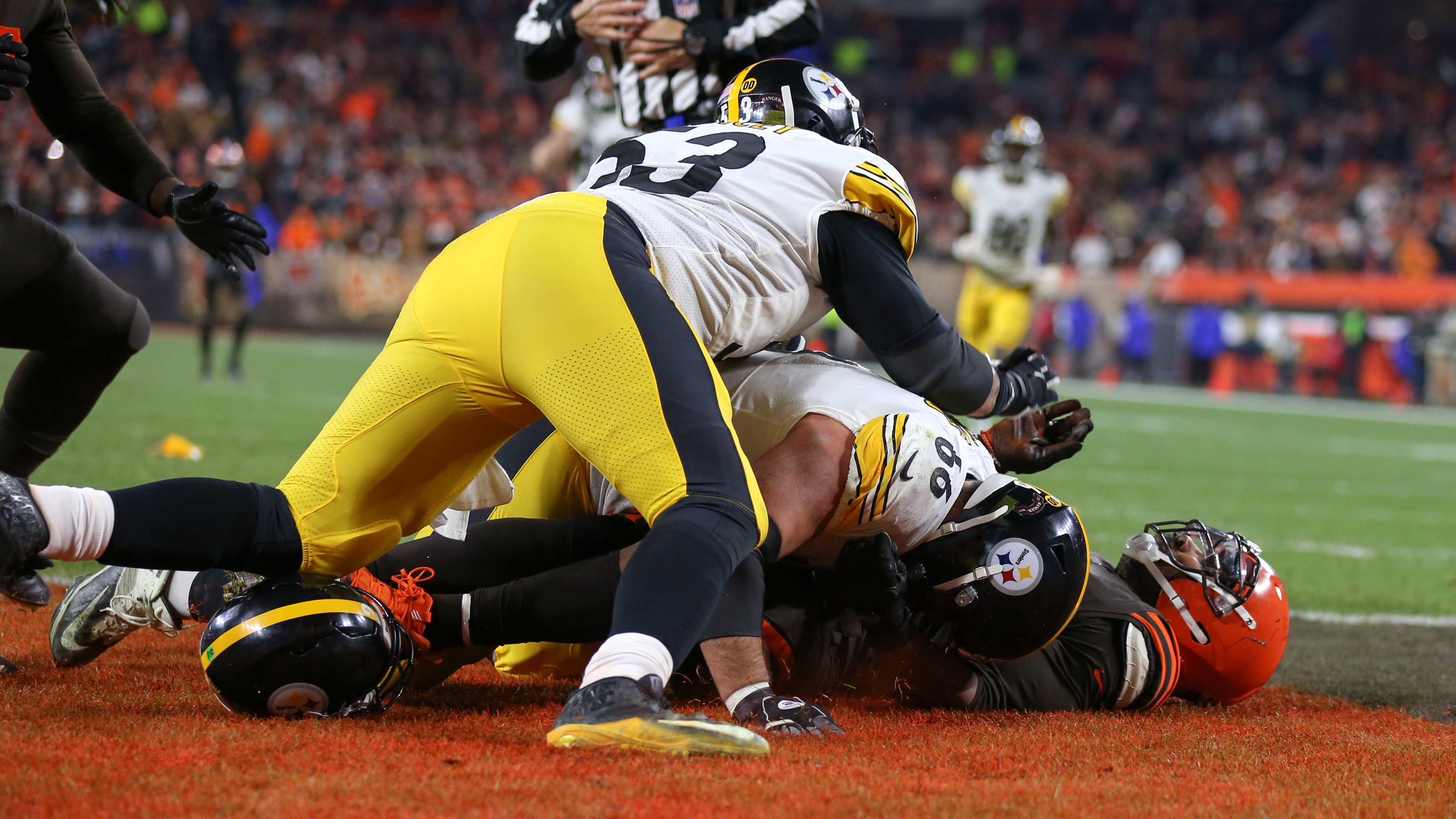 Maurkice Pouncey, Larry Ogunjobi suspended for roles in fracas
