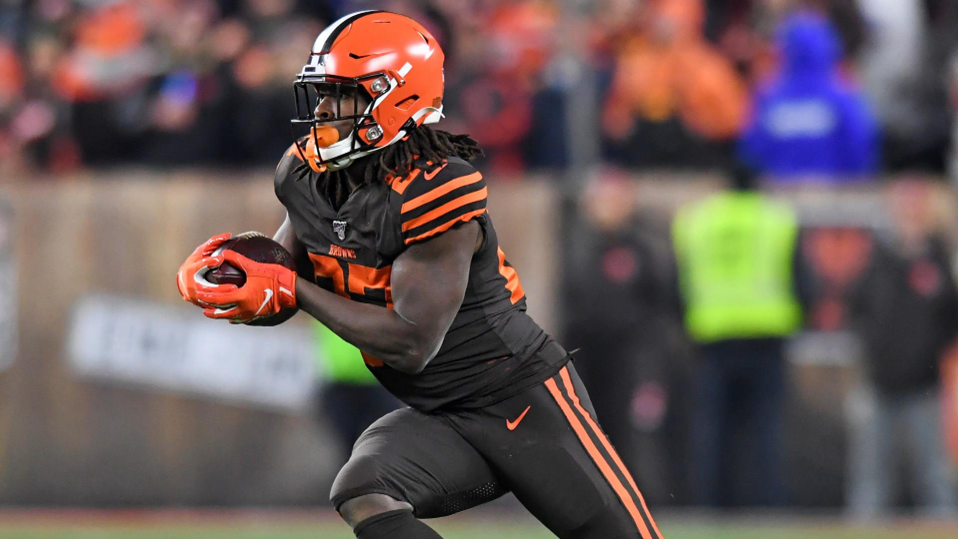 Browns RB Kareem Hunt is good DFS play vs. Dolphins