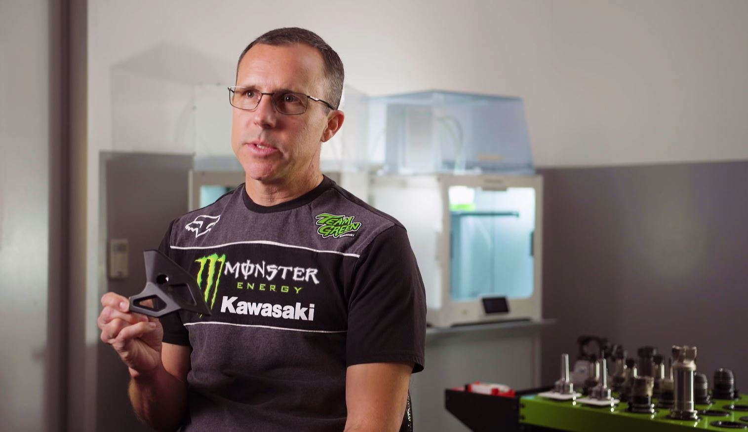 Science of Supercross with Jeremy McGrath: 3D printing fitting in well