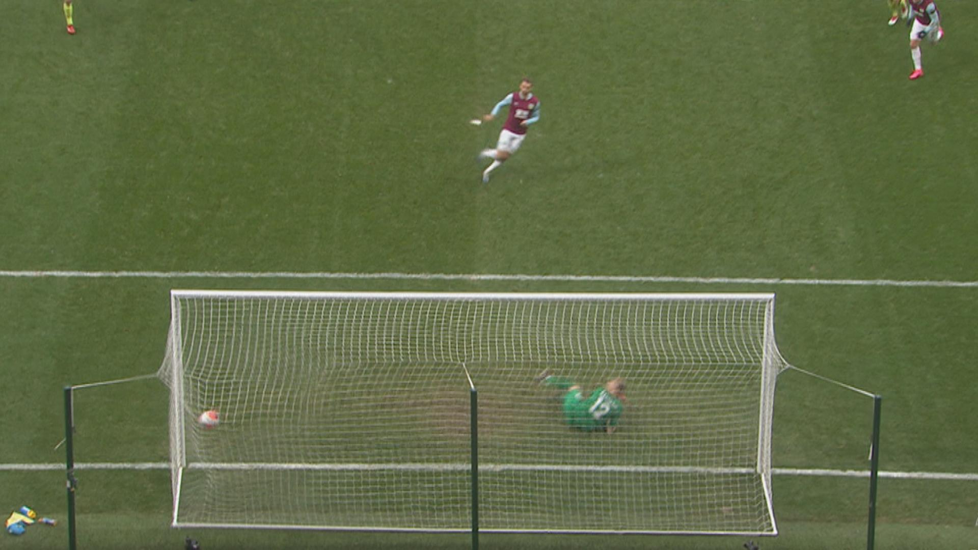 Jay Rodriguez penalty puts Burnley 2-0 up v. Bournemouth