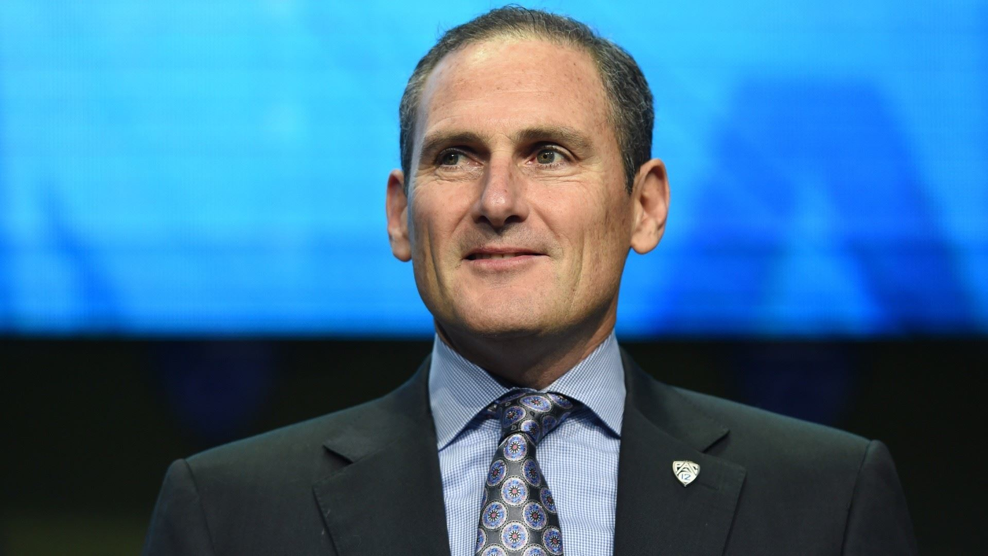 Pac-12 commissioner Larry Scott: Fall football to be decided by next