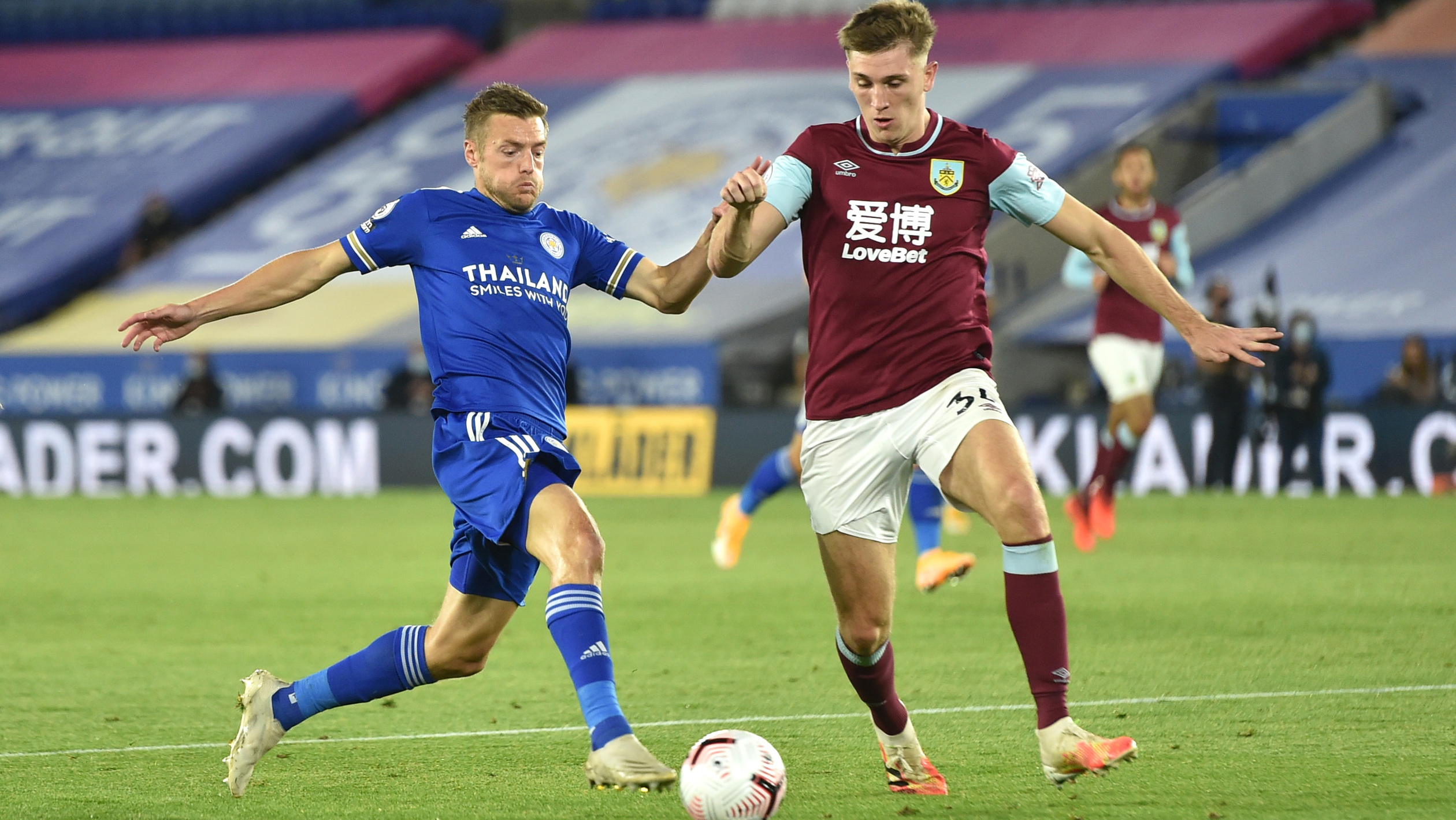 Extended highlights: Leicester City 4, Burnley 2