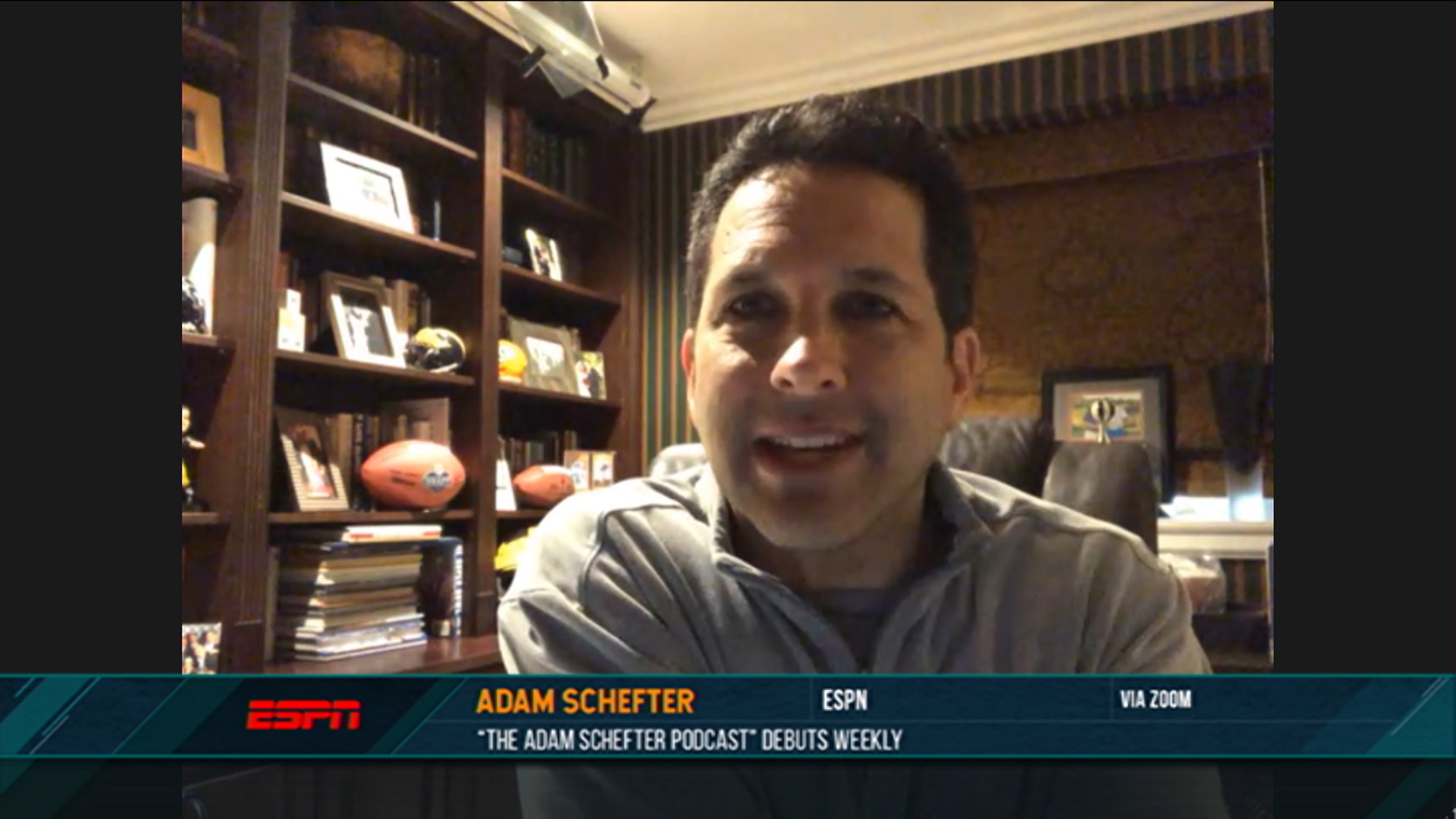 Adam Schefter chose to break Aaron Rodgers news on day of 2021 NFL Draft |  NBC Sports