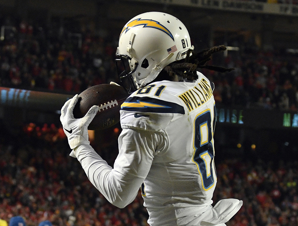 Dose: Chargers Shock Chiefs