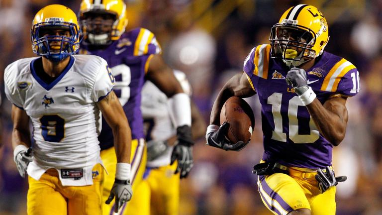 No. 9 LSU 32, McNeese State 10