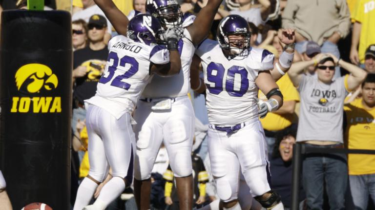 Northwestern 17, No. 8 Iowa 10