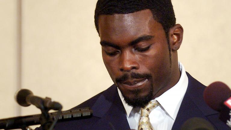 Vick can't avoid sack
