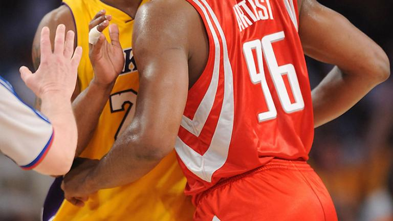 Game 2: Lakers 111, Rockets 98