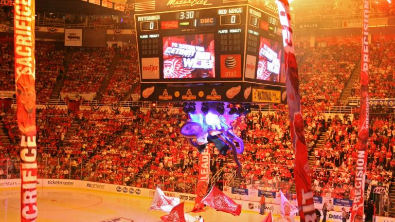 Game 5: Red Wings 5, Penguins 0