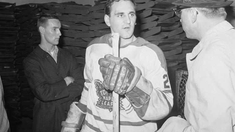 1964: Maple Leafs 4, Red Wings 0