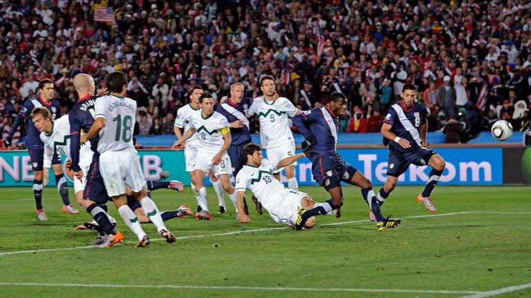 2010 World Cup: Edu's goal disallowed