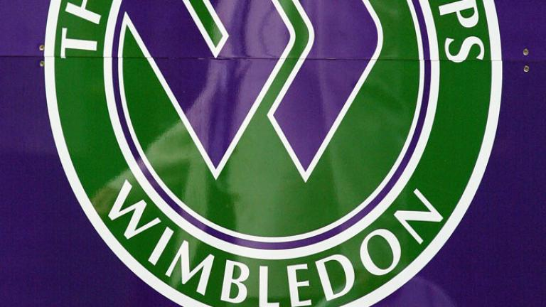 "<div align=""center""><font color=""red"">Who won the Wimbledon women's doubles crown at the age of 15 years, 282 days to become the youngest Grand Slam champion ever?</font></div>"
