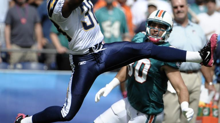 Chargers 26, Dolphins 16