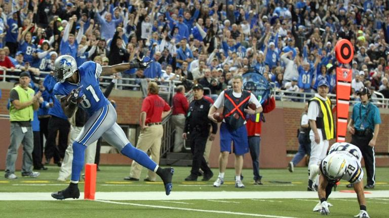 Lions 38, Chargers 10