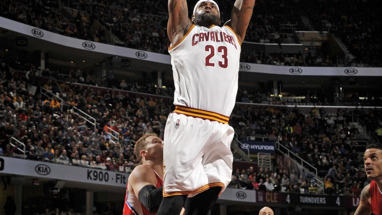 Cavaliers dominate Clippers for 12th straight win