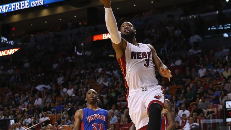 Dwyane Wade puts up 40 in Heat's win over Pistons