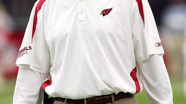 "<div align=""center""><span style=""font-size: 16pt;"">Ken Whisenhunt</span> <br/> <span style=""font-size: 13pt;"">NFL Head Coach: Arizona Cardinals</span></div>"