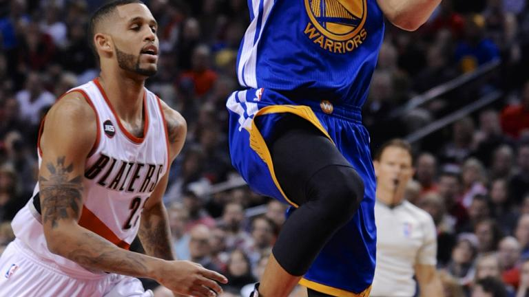Warriors beat Trail Blazers to clinch division title, first since 1976