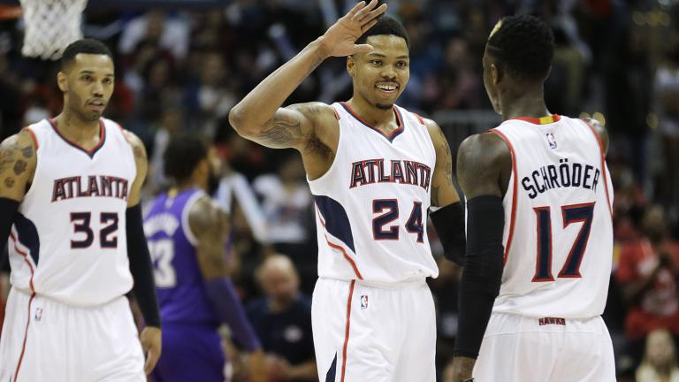 Hawks beat Kings, first team to 50 wins
