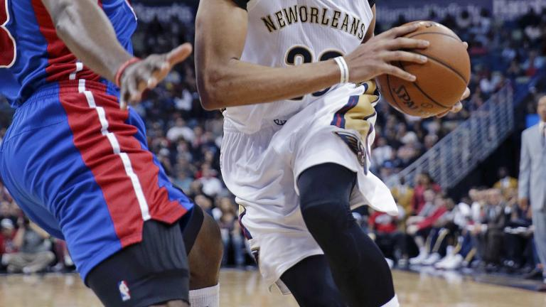 Anthony Davis puts up huge game in return from injury