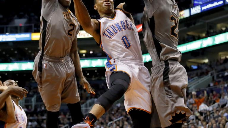 Russell Westbrook, Eric Bledsoe put on a show as Suns beat Thunder