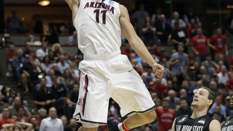 Sweet 16: (1) Arizona 70, (4) San Diego State 64