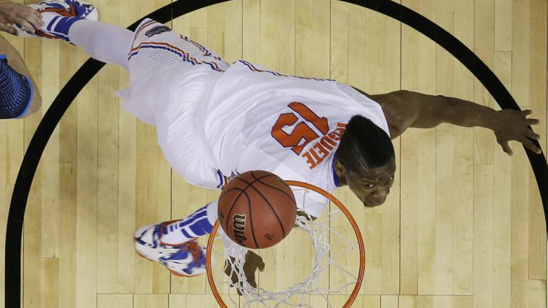Sweet 16: (1) Florida 79, (4) UCLA 68