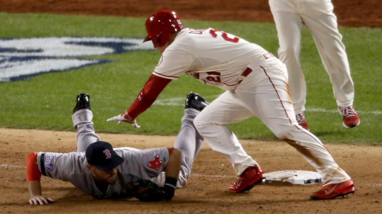 World Series Game 3: Cardinals 5, Red Sox 4
