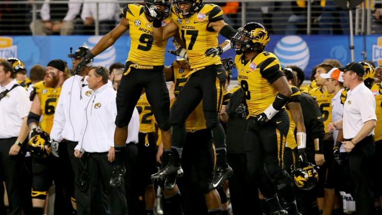 Cotton Bowl: (9) Missouri 41, (13) Oklahoma State 31