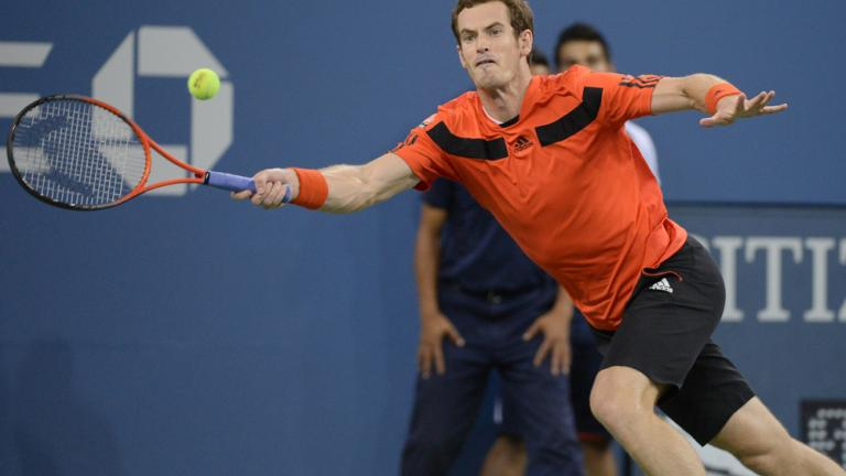 Murray wins in four sets